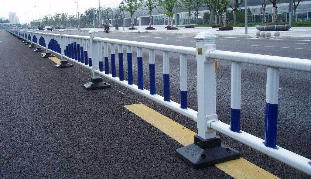雷竞技电竞平台钢护栏