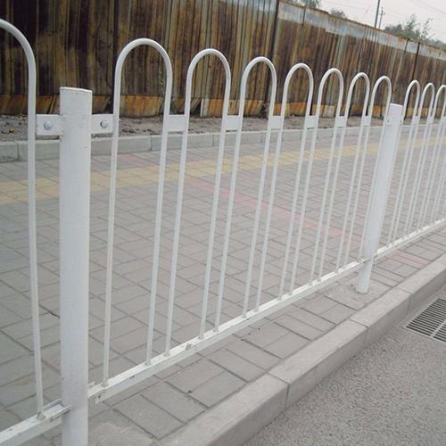 雷竞技电竞平台钢护栏合作